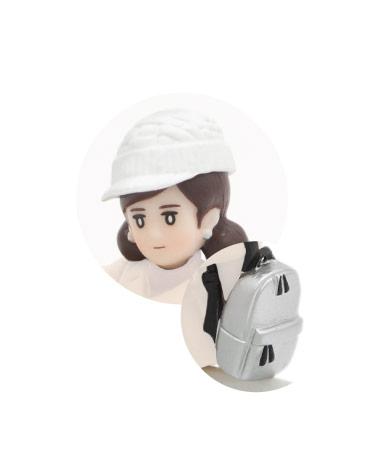 ニット帽(ホワイト)&リュック(シルバー)