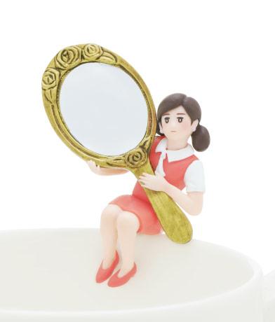 鏡のフチ子
